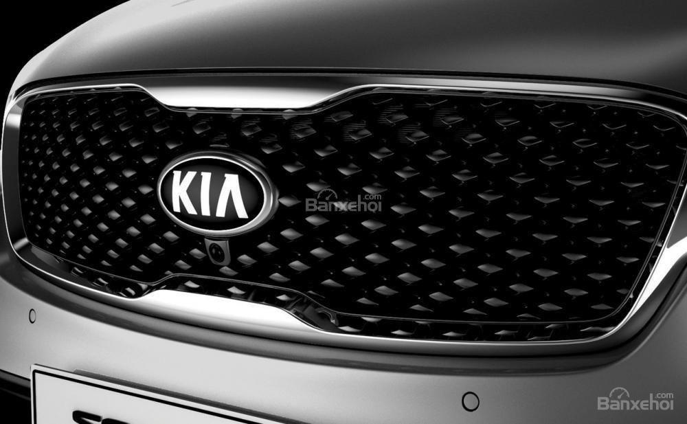 Đánh giá xe Kia Sorento 2018: Lưới tản nhiệt mũi hổ đặc trưng.