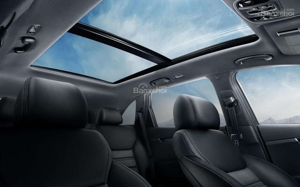Đánh giá xe Kia Sorento 2018: Cửa sổ trời.