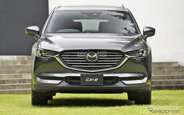 Đánh giá Mazda CX-8 2018 : Đầu xe khá giống với Mazda CX-9