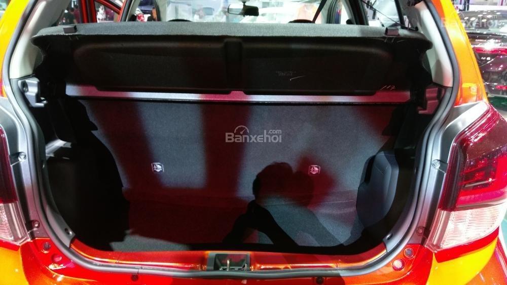Toyota Wigo 2018 chụp từ khoang hành lý