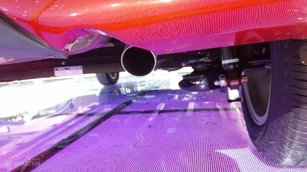Ảnh chụp ống xả Toyota Wigo 2018