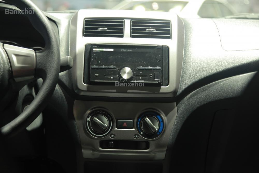 Hình ảnh bảng táp-lô Toyota Wigo 2018