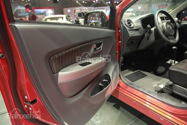 Ảnh chụp nội thất Toyota Wigo 2018