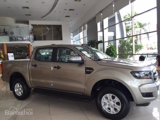 Ford Hưng Yên đại lý 2S bán xe Ford Ranger 1 cầu số sàn, số tự động giá chỉ từ 605tr, trả trước 130tr có xe lăn bánh (1)