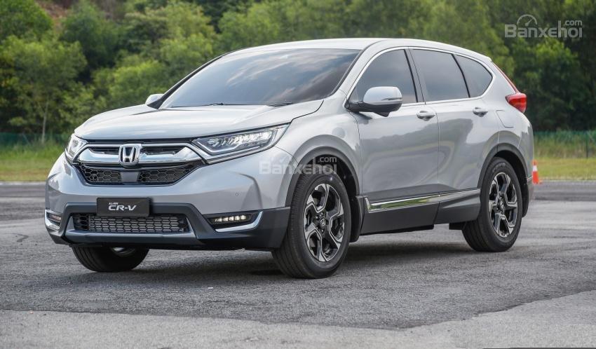 ô tô Honda CRV màu bạc