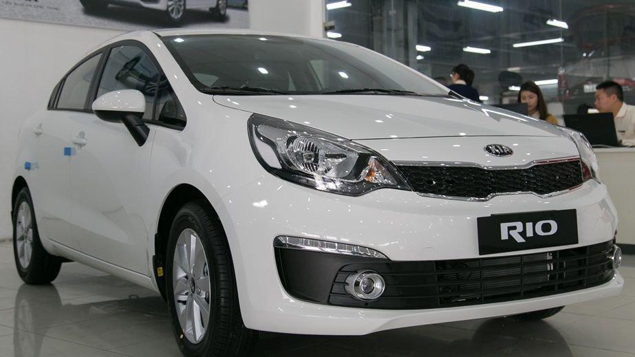 So sánh xe Honda City và Kia Rio về ngoại thất: Kia Rio đúng chuẩn phong Cách hiện đại, thanh lịch của Hàn Quốc.
