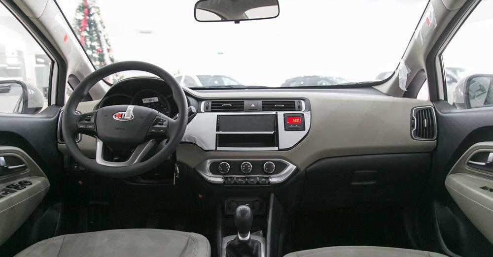 So sánh xe Honda City và Kia Rio về nội thất: xe Nhật tốt không gian, xe Hàn tốt thiết bị 3