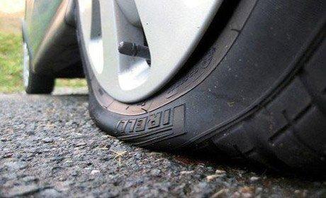 Khá nhiều lái xe có quan niệm sai lầm về các chỉ số áp suất ghi trên lốp xe