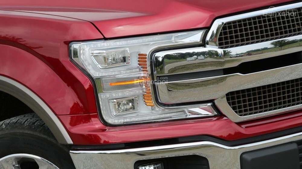 Đèn pha Ford F-150 2018