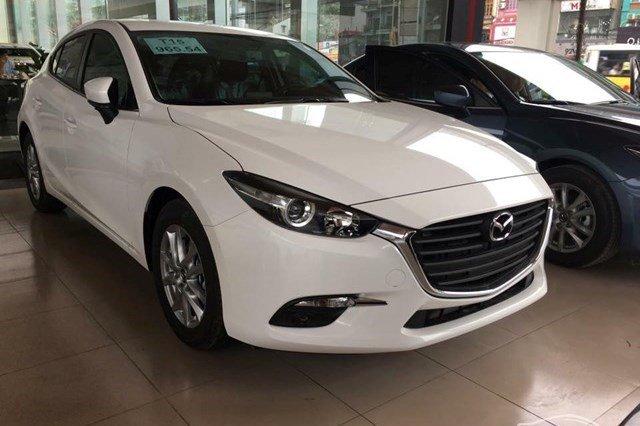 Mazda 3 bán ra 581 xe trong tháng 9, đứng vị trí thứ 8 trong bảng xếp hạng xe ăn khách.
