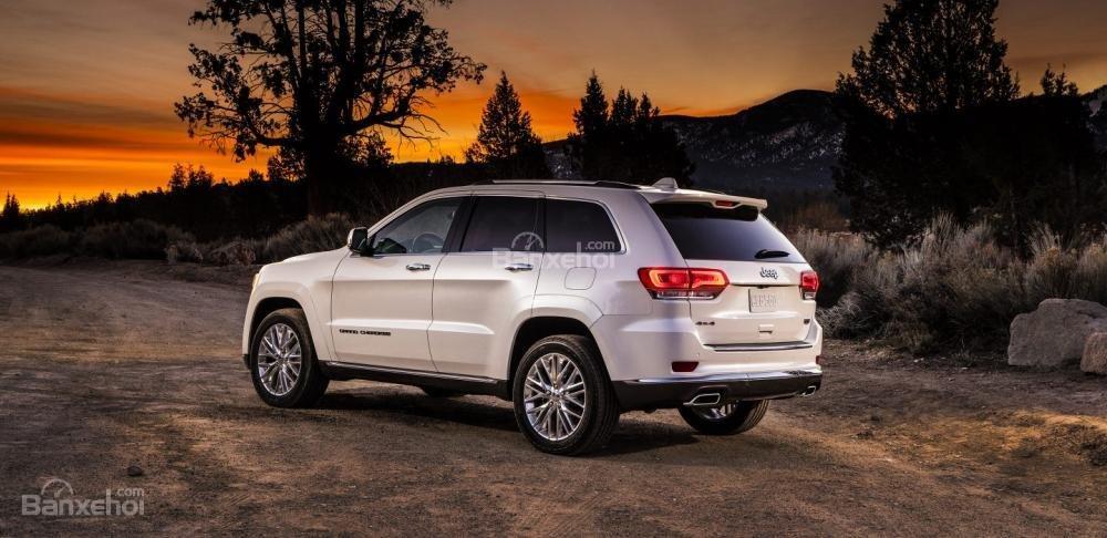 Đèn hậu Jeep Grand Cherokee 2017