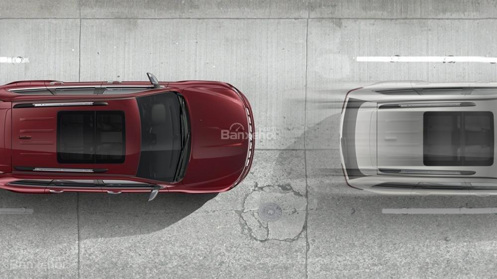 Jeep Grand Cherokee 2017 được ứng dụng hàng loạt công nghệ an toàn tiên tiến a4