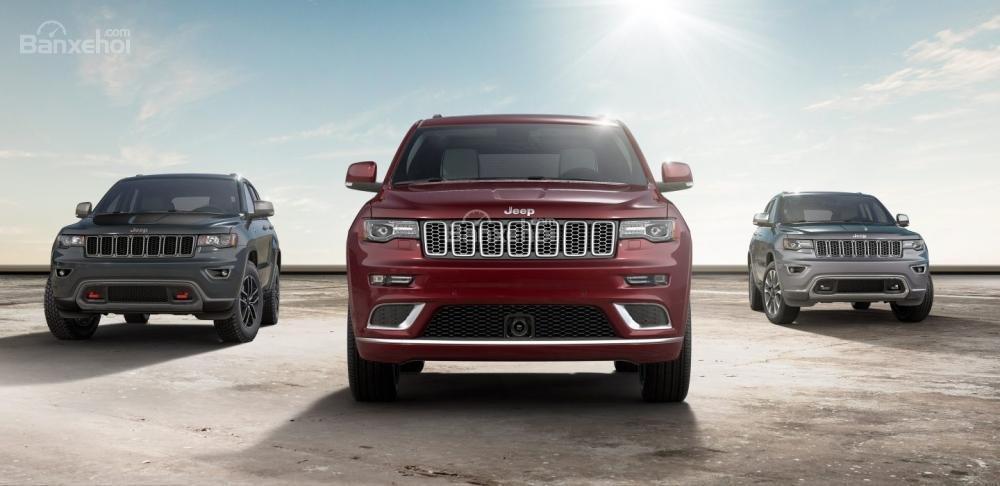"""Đánh giá xe Jeep Grand Cherokee 2017: """"Máu"""" off-road chảy từ Mỹ."""