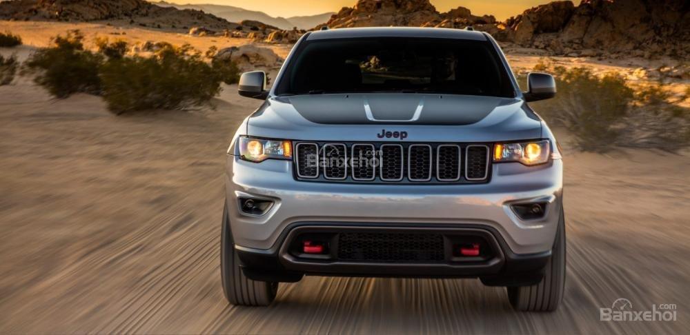Đánh giá xe Jeep Grand Cherokee 2017 về thiết kế đầu xe