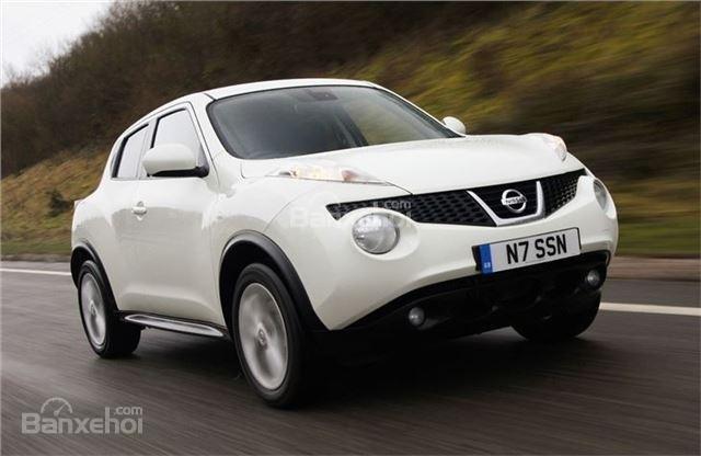 ô tô Nissan Juke màu trắng