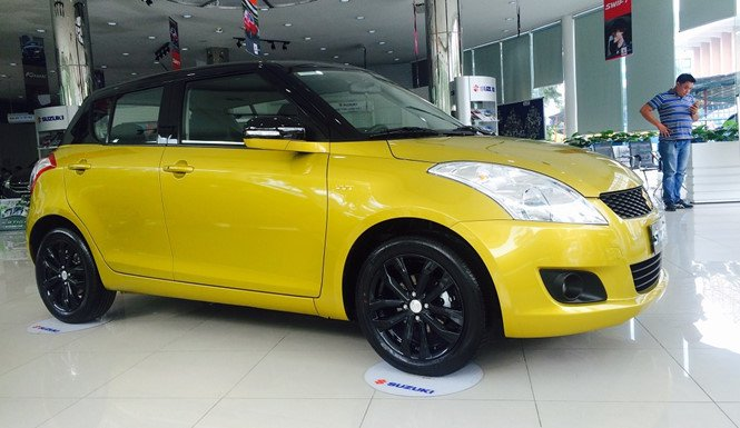 Ảnh chụp Suzuki Swift màu vàng