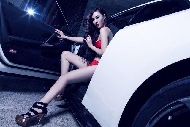 Chiêm ngưỡng bộ ảnh người đẹp và xe Nissan GT-R a4