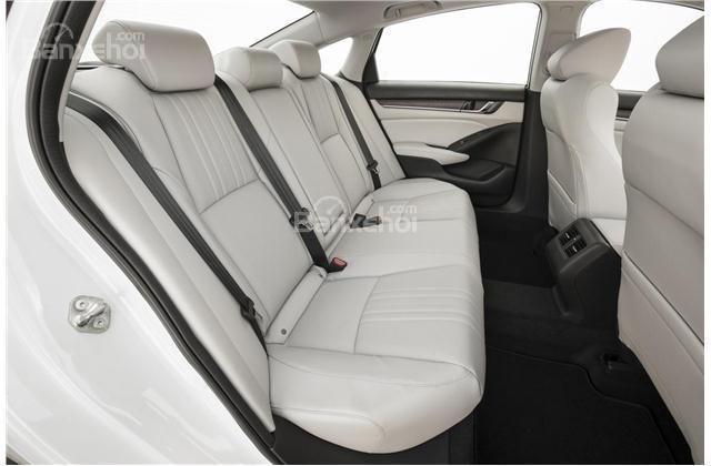 ghế sau ô tô Honda Accord 2018