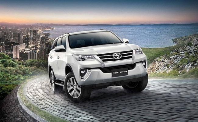 Tháng 9/2017: Doanh số Toyota Fortuner giảm mạnh.
