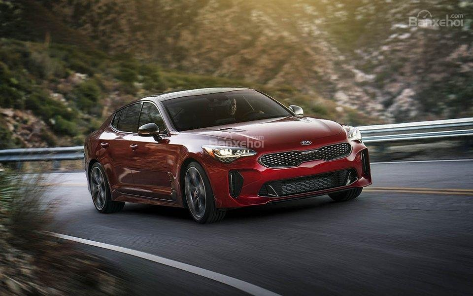 Đánh giá xe Kia Stinger 2018 1