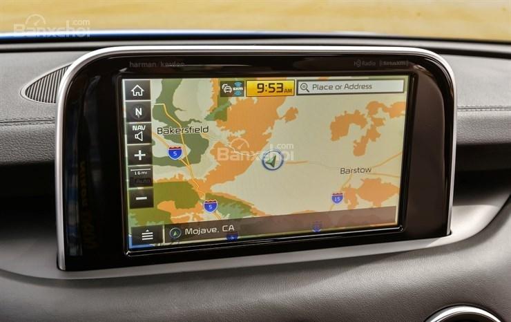 Đánh giá xe Kia Stinger 2018: Màn hình cảm ứng dạng tablet nổi..