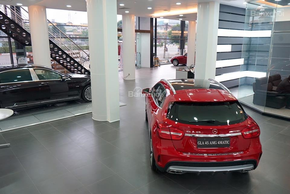 Mercedes - Benz Haxaco Võ Văn Kiệt