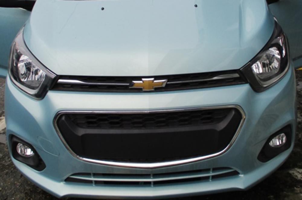 Ảnh chụp lưới tản nhiệt xe Chevrolet Spark 2018