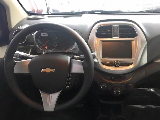 Ảnh chụp vô-lăng xe Chevrolet Spark 2018