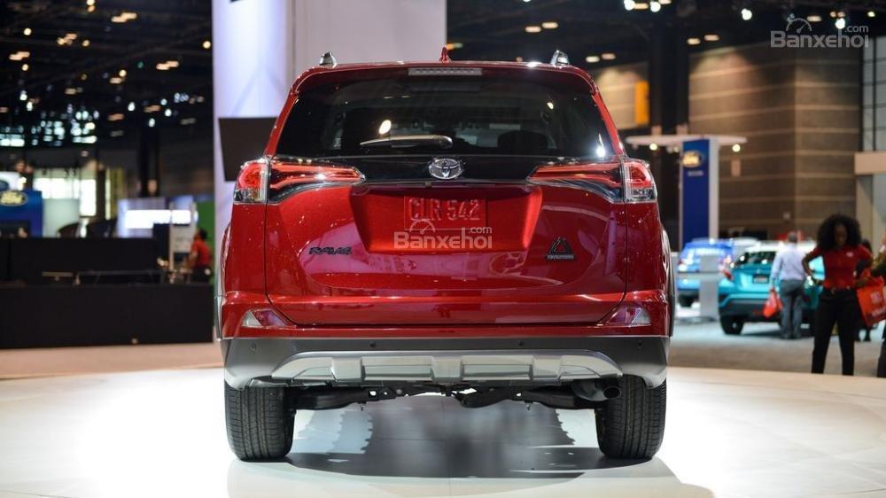 So sánh Honda CR-V 2018 và Toyota RAV4 2018