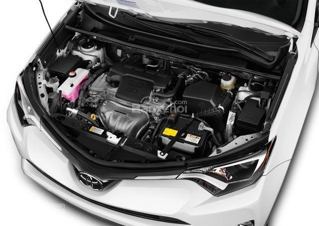 Đánh giá xe Toyota RAV4 2018: Xe sử dụng động cơ 2. 5L.