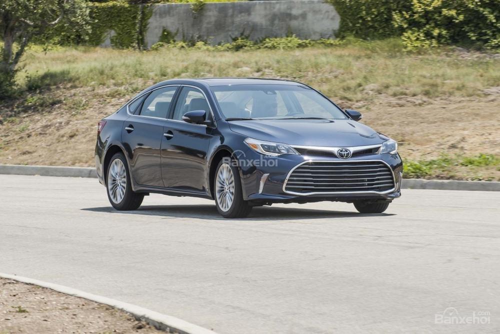 Đánh giá xe Toyota Avalon 2017 về mức tiêu thụ nhiên liệu..