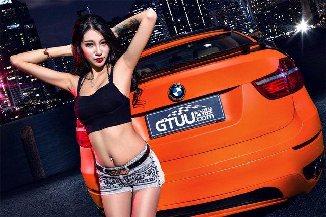 """Người đẹp """"chất lừ"""" bên xe độ BMW X6 a1"""