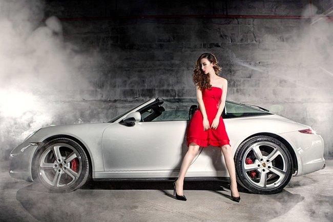 Người đẹp và xe Porsche 911 Targa 4S: Cổ điển và sang trọng a7