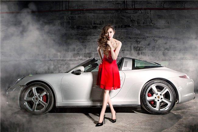 Người đẹp và xe Porsche 911 Targa 4S: Cổ điển và sang trọng a4