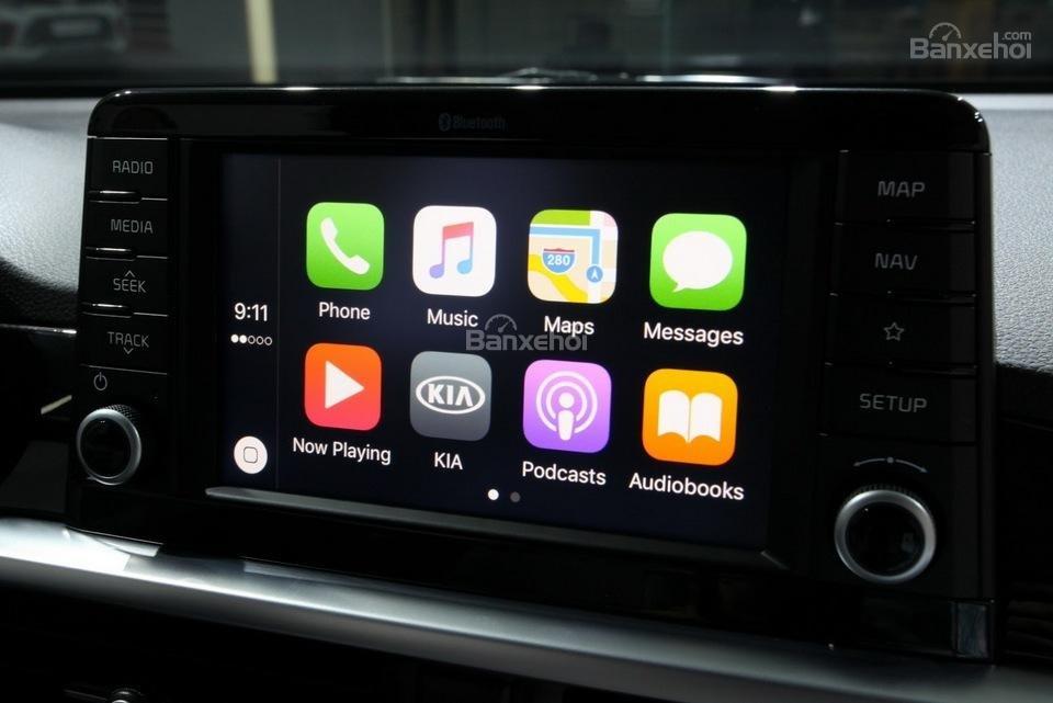 Đánh giá xe Kia Morning 2018: Nhiều ứng dụng giải trí.