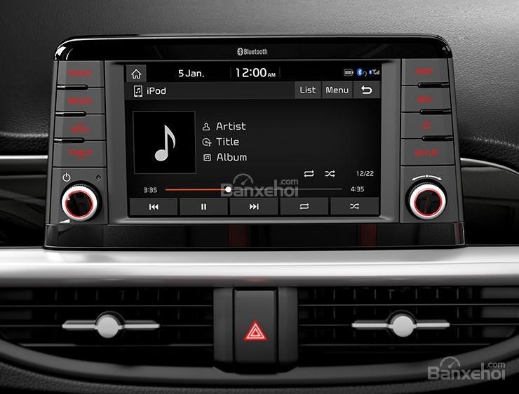 Đánh giá xe Kia Morning 2018: Màn hình giải trí 7 inch.
