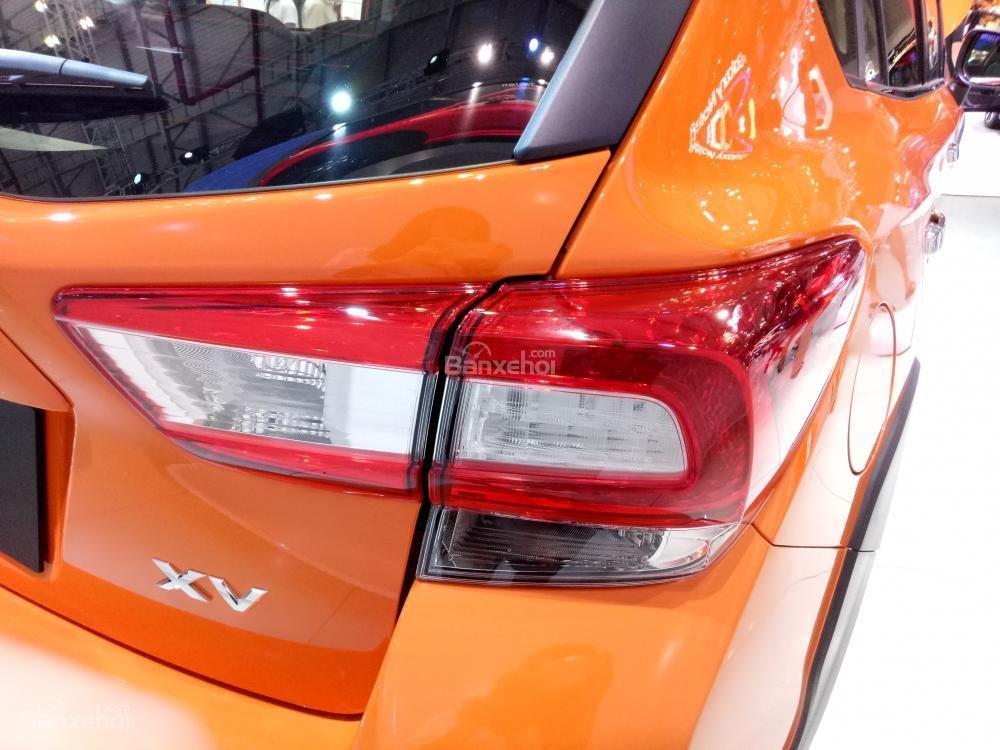Đánh giá xe Subaru XV 2018: Đèn hậu lục giác trên thế hệ cũ được sửa đổi.