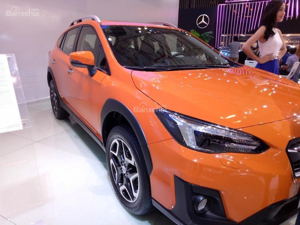 Đánh giá xe Subaru XV 2018: Đèn pha LED gầm hố.