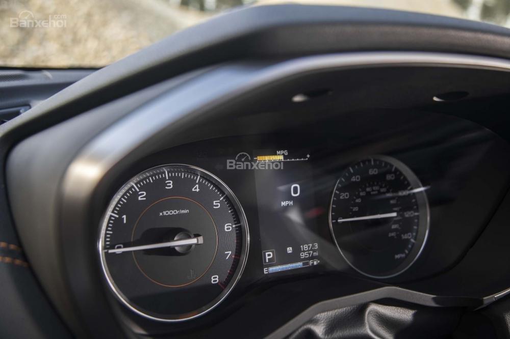 Đánh giá xe Subaru XV 2018: Cụm đồng hồ.
