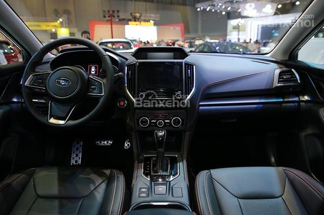 Đánh giá xe Subaru XV 2018: Khoang nội thất.