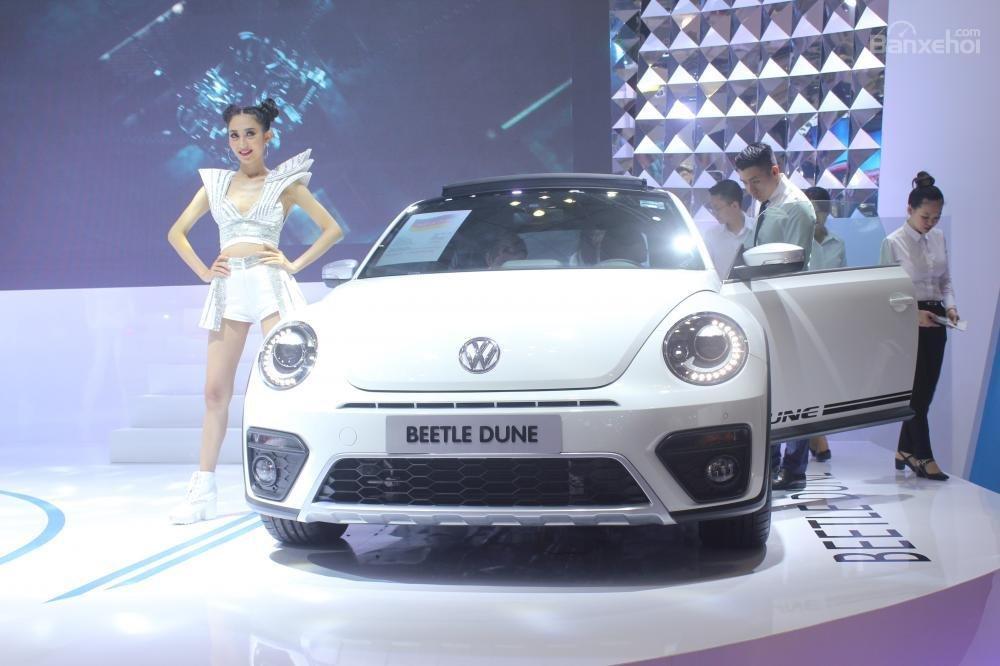 """Đánh giá xe Volkswagen Beetle Dune 2017-2018: """"Siêu bọ thời hiện đại""""."""