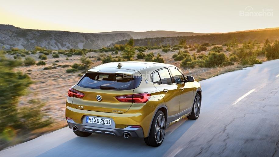 Đánh giá xe BMW X2 2018: SUV hoàn toàn mới mang tham vọng lật đổ Mercedes GLA và Audi Q3 a4