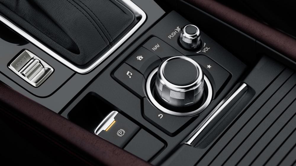 Phanh tay Mazda 3 2018.