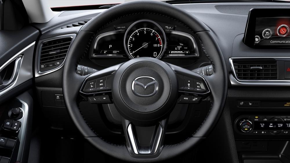 Vô lăng Mazda 3 2018.