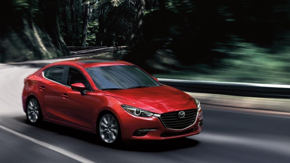 Mazda 3 2018 tại Mỹ chỉ sử dụng hai loại động cơ 2.0L và 2.5L.