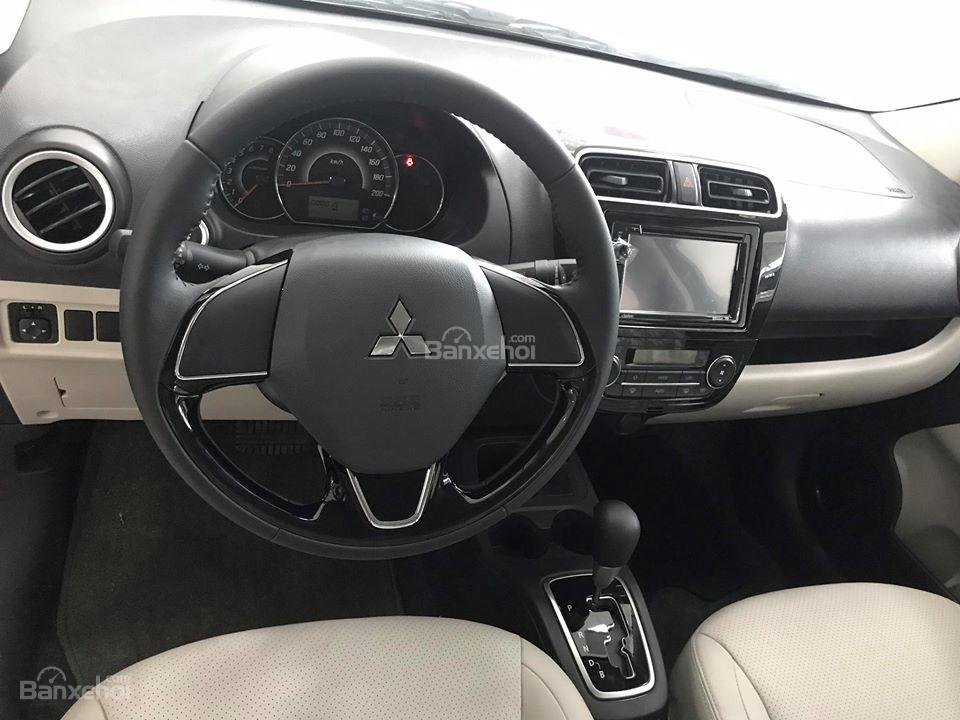Bán Mitsubishi Attrage số sàn đời 2018, màu đỏ, Xe 5 chỗ số sàn Mitsubishi-1