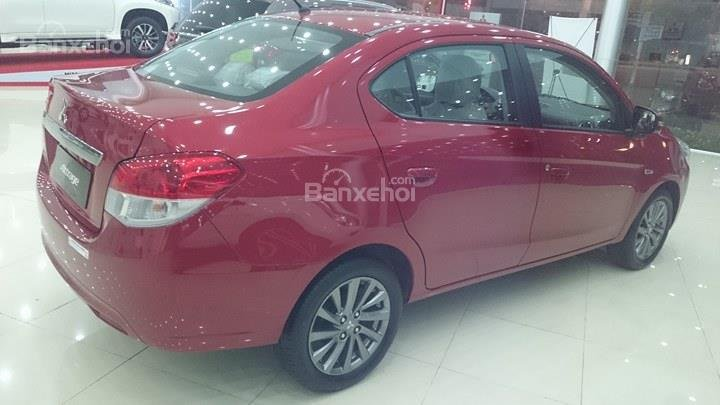 Bán Mitsubishi Attrage số sàn đời 2018, màu đỏ, Xe 5 chỗ số sàn Mitsubishi (3)