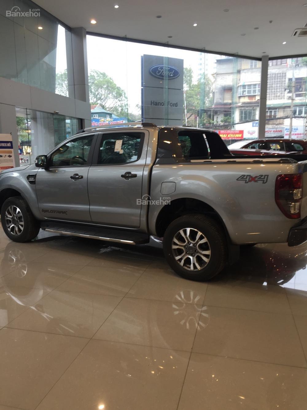 Bán Ford Ranger mới 100% giá cực rẻ, ưu đãi khủng, chỉ hơn 100 triệu có xe, LH: 033.613.5555-0