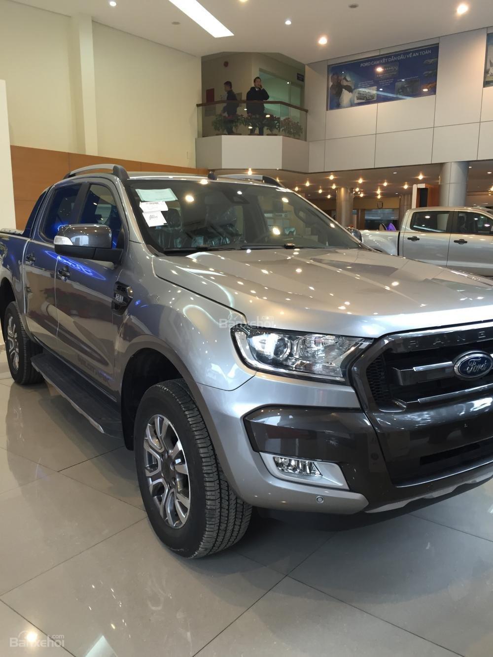 Bán Ford Ranger mới 100% giá cực rẻ, ưu đãi khủng, chỉ hơn 100 triệu có xe, LH: 033.613.5555-1