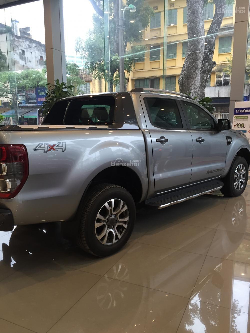 Bán Ford Ranger mới 100% giá cực rẻ, ưu đãi khủng, chỉ hơn 100 triệu có xe, LH: 033.613.5555-4